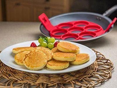 Κάντε πανεύκολα pancakes