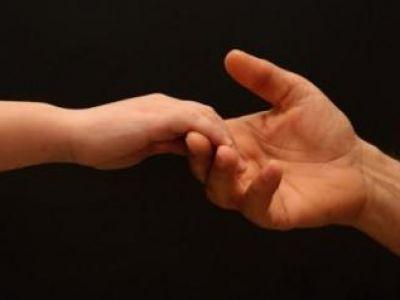 Η αλληλοβοήθεια και η ευγένεια είναι δύο αρετές σπάνιες στις μέρες μας!