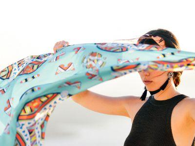 Γκαλερί MANTILITY: Τα Mεταξωτά μαντίλια από την Καβάλα ταξιδεύουν στο εξωτερικό