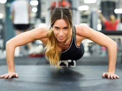 7 Απλές ασκήσεις που μπορείς να τις κάνεις στο σπίτι