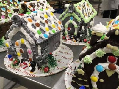 Τα καλύτερα χριστουγεννιάτικα γλυκά από τα ζαχαροπλαστεία «ΒΑΣΑΚΗ»