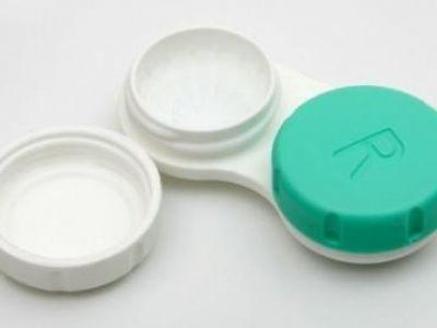 Η λύση για όσους φοράτε φακούς επαφής