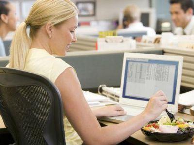 Ιδέες για υγιεινό σνακ στη δουλειά